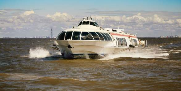 Tickets for hydrofoil to Peterhof and back at the VIP lounge
