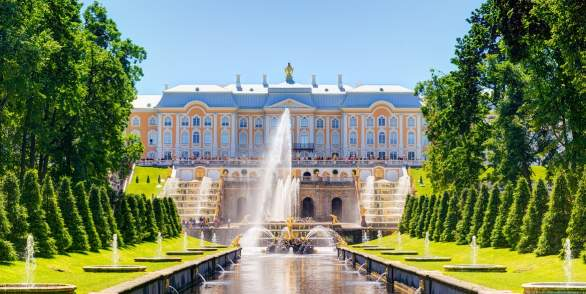 Hydrofoil to Peterhof with departure from the Bronze Horseman