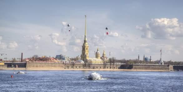 Метеор в Петергоф и обратно (от Эрмитажа)