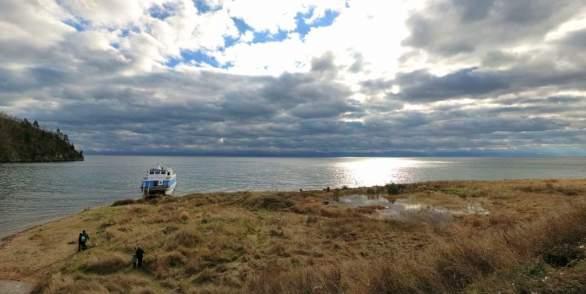 Экскурсия по озеру Байкал на теплоходе вдоль КБЖД