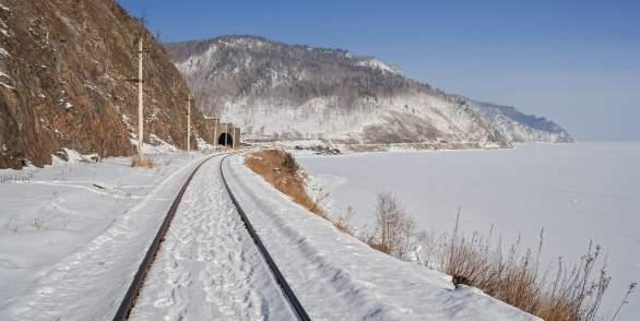 Экскурсия на хивусе по озеру Байкал вдоль КБЖД