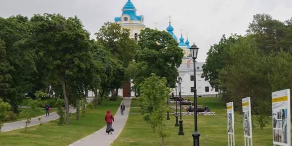 Экскурсия на о.Коневец из Санкт-Петербурга или Приозерска